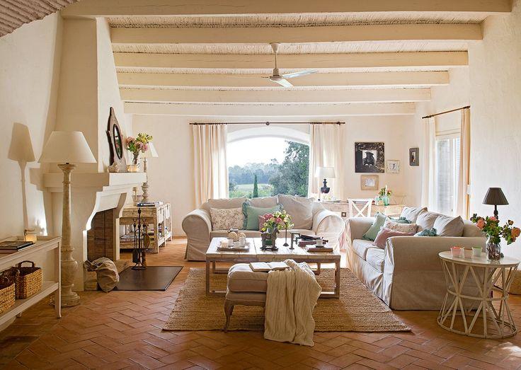 Un vecchio fienile ristrutturato shabby chic mania by for Design semplice casa del fienile