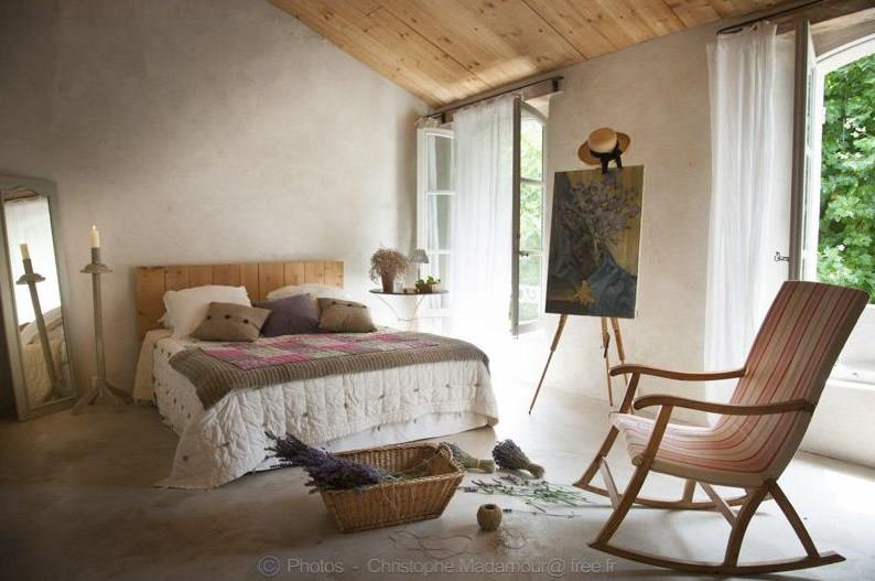 La garance en provence shabby chic mania by grazia maiolino - Casas rurales en la provenza ...