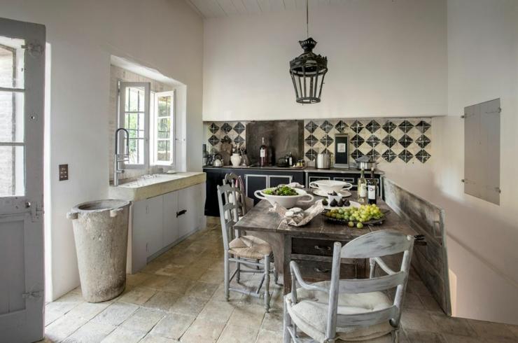 la maison du bonheur shabby chic mania by grazia maiolino. Black Bedroom Furniture Sets. Home Design Ideas