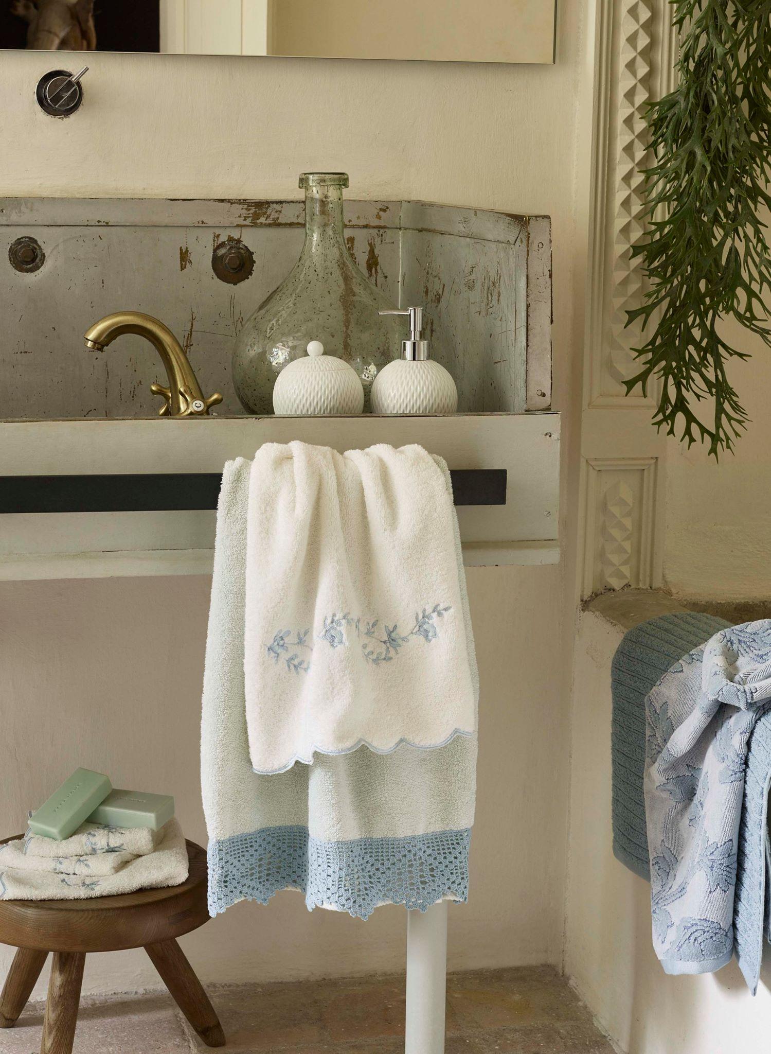 Flora collection by zara home shabby chic mania by grazia maiolino - Zara home accessori bagno ...