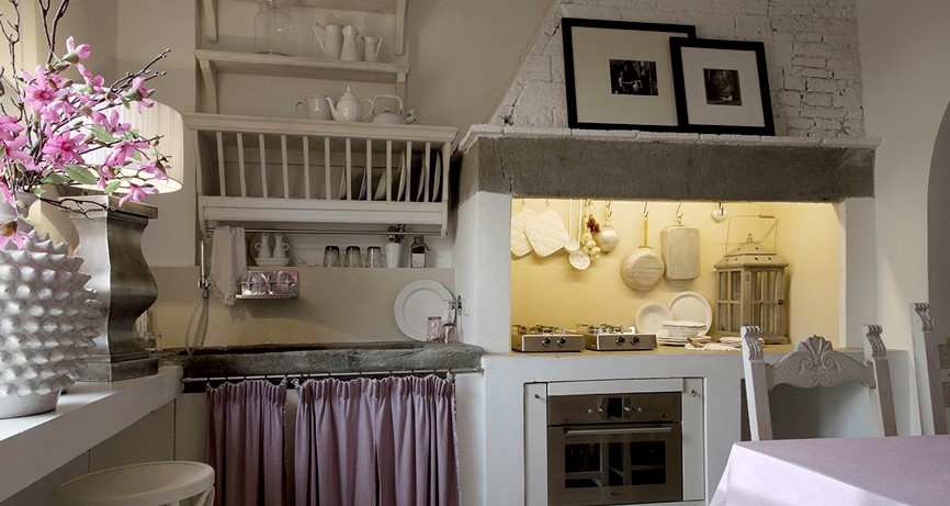 white home florence tuscany shabby chic mania by grazia ForArredamento Shabby Chic Firenze
