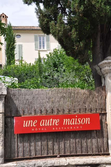 Une autre maison h tel de charme nella dr me proven ale for Autre maison nyons