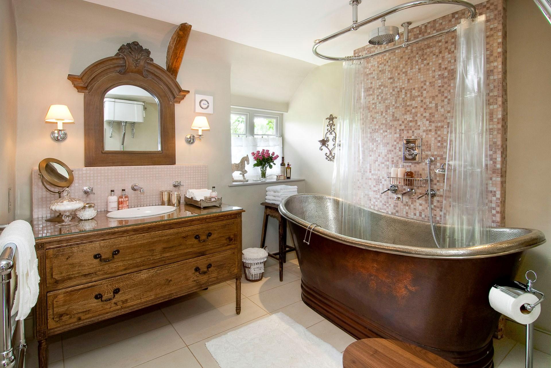 Bagno Stile Romantico : Un bagno romantico in stile shabby chic e il tuo sogno