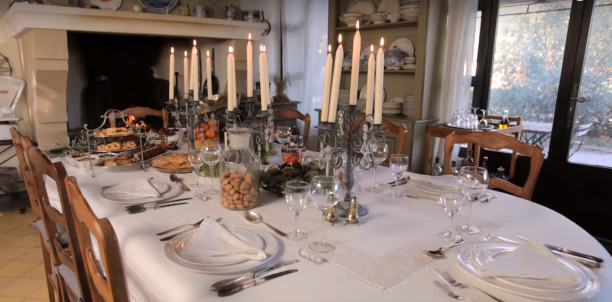 La tavola natalizia in provenza shabby chic mania by for Foto tavole natalizie