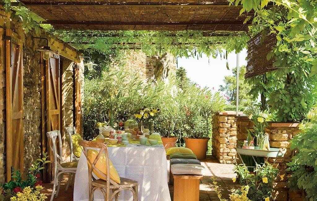 Outdoor da vivere tutto l anno shabby chic mania by for Case in stile meridionale con avvolgente portico