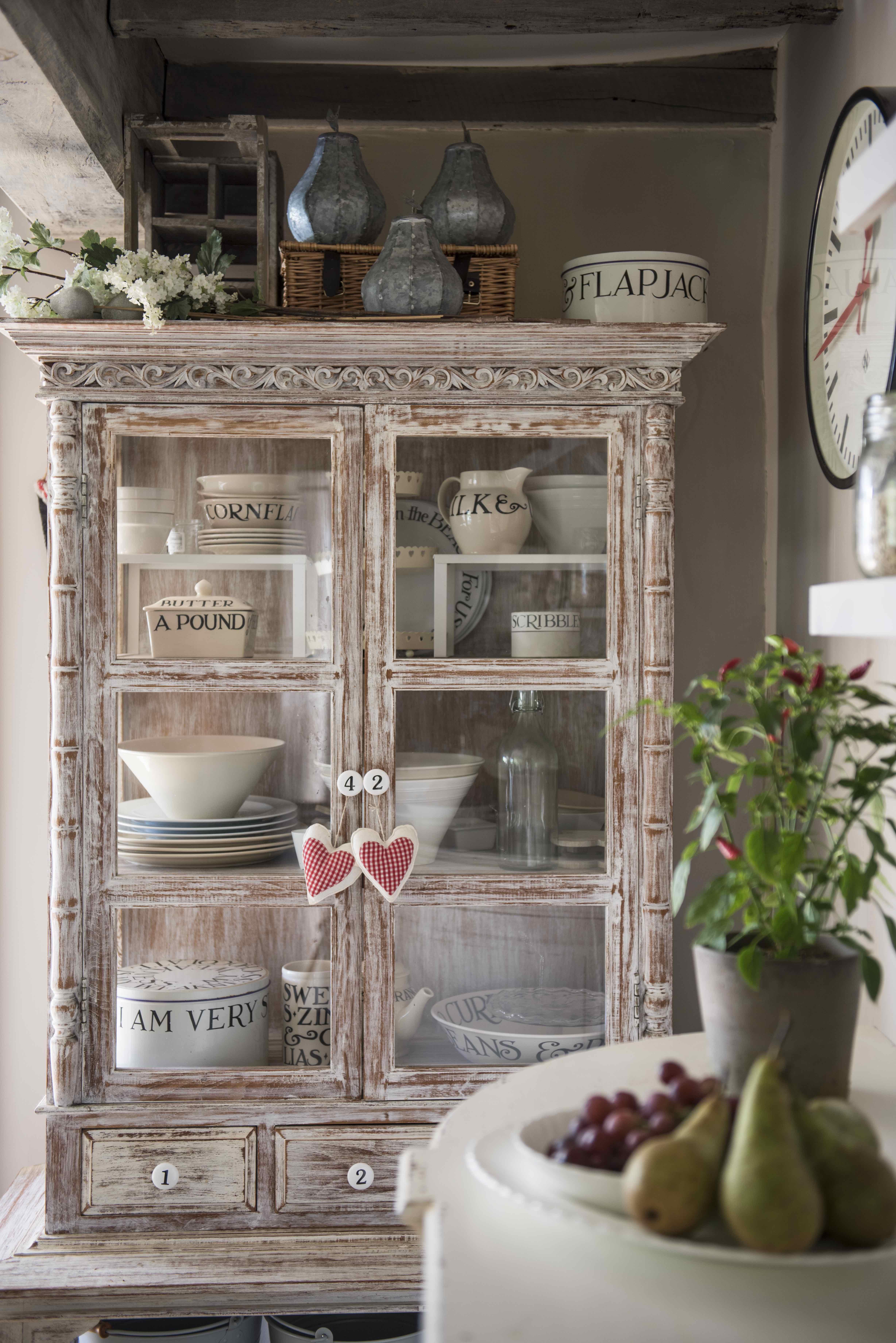 Il cottage di kerrie griffin rogers shabby chic mania by grazia maiolino - Cottage inglesi interni ...