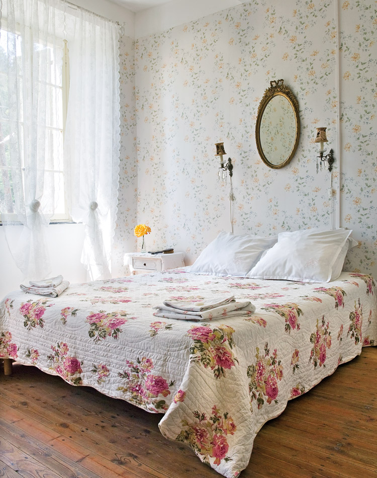 French cottage style shabby chic mania by grazia maiolino for French cottage magazine