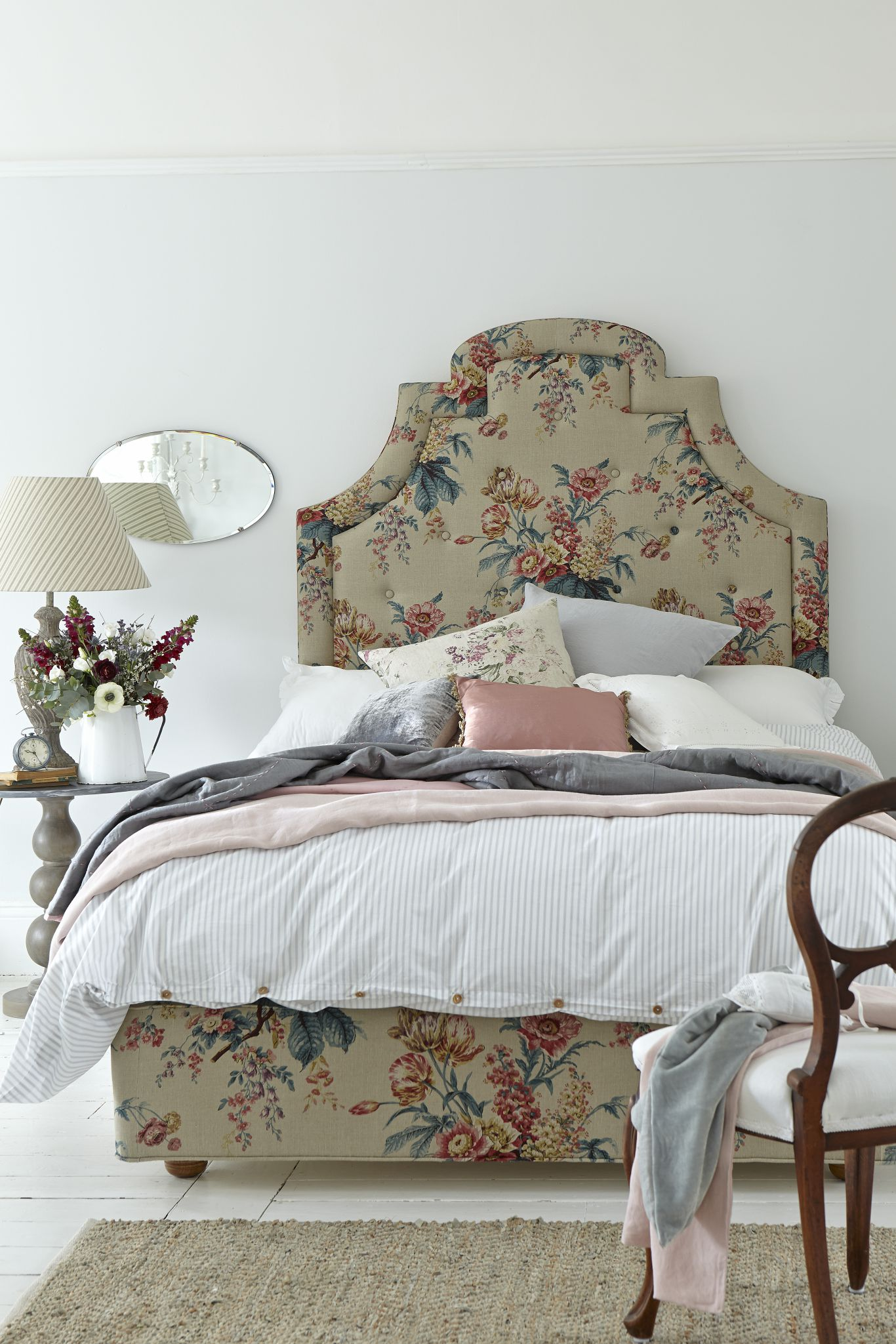 La camera da letto in stile francese shabby chic mania - Camera da letto in francese ...